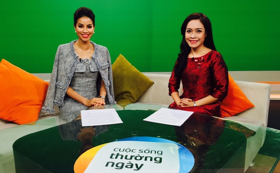 HH Phạm Hương lần đầu tiết lộ về cuộc thi HHHV trên trường quay Cuộc sống thường ngày