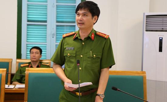 Quảng Ninh: Phát hiện vàng miếng độn bột lạ