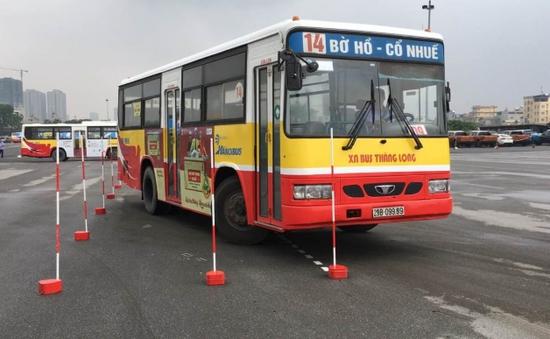 Thi lái xe bus giỏi toàn thành phố Hà Nội