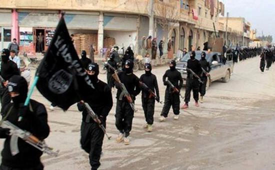 Ít nhất 100 tay súng được IS huấn luyện để tấn công châu Âu