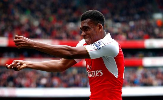 Lại ghi bàn, sao trẻ Iwobi khiến Anh và Nigeria phát sốt