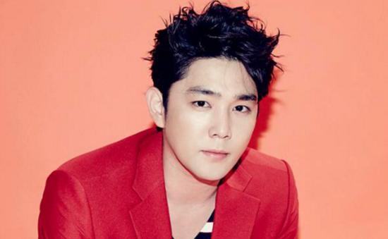 """Thành viên Super Junior dính scandal """"đâm rồi chạy"""""""