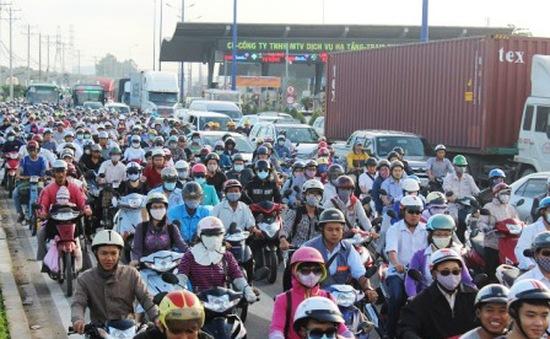 Kẹt xe gây thiệt hại thế nào đến DN và người dân TP.HCM?