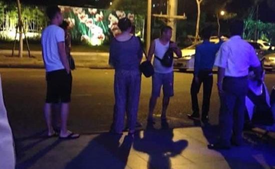 Việt Nam đề nghị Trung Quốc xử lý nghiêm du khách đốt tiền ở bar Đà Nẵng