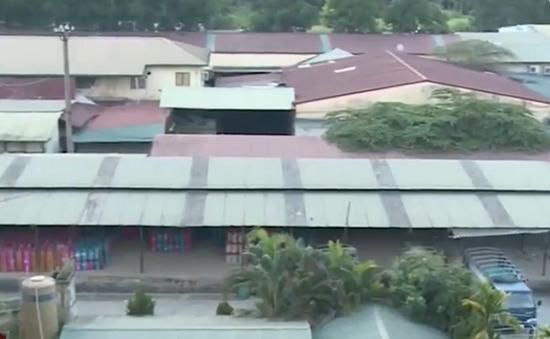 Tràn lan xây dựng kho bãi trái phép tại Hà Nội