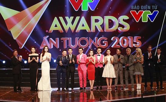 Nhanh tay bình chọn VTV Awards - Chuyển động 2016!