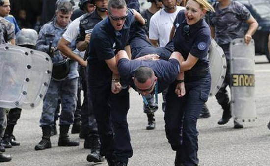 Bạo lực tràn lan ở Rio de Janeiro đe dọa Olympic 2016