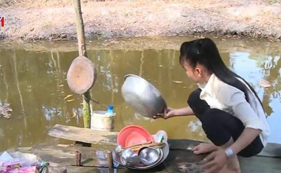 Trên 20.000 hộ dân thiếu nước sinh hoạt do hạn mặn