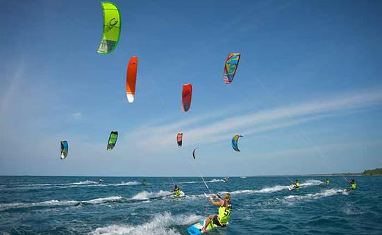 Giải lướt ván diều quốc tế 2016 chính thức khởi tranh tại Ninh Thuận