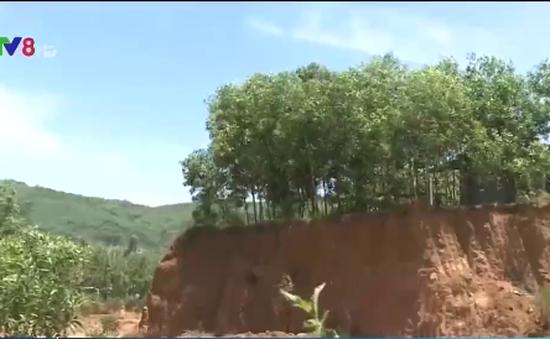 Lợi dụng cải tạo mặt bằng để khai thác khoáng sản