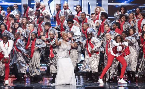 Britain's Got Talent: Giám khảo choáng trước màn náo động của 100 thí sinh