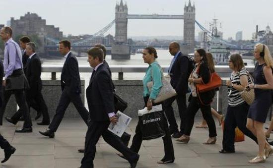 Số lượng người di cư tới Anh cao kỷ lục