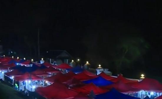 Chợ đêm Luang Prabang - điểm nhấn du lịch tại Lào