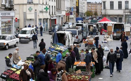 """Vì sao Molenbeek ở Bỉ bị coi là """"cái nôi"""" của khủng bố?"""