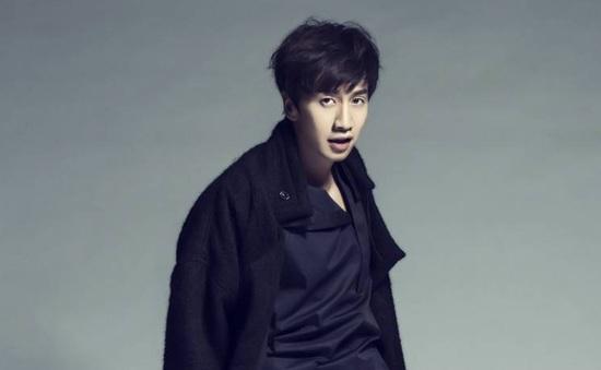 """""""Hoàng tử châu Á"""" Lee Kwang Soo tiết lộ về cảnh nude"""