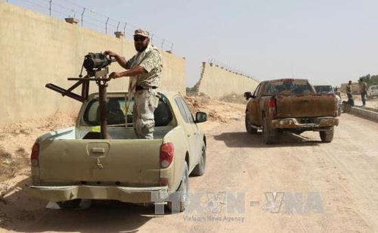 Lực lượng ủng hộ Chính phủ Libya tiến sâu vào thành trì IS