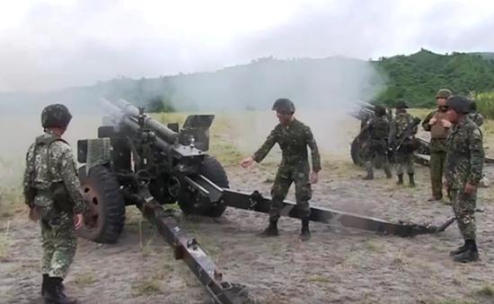 Philippines - Mỹ tập trận bắn đạn thật