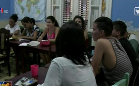 Bùng nổ các lớp học tiếng Anh tại Cuba