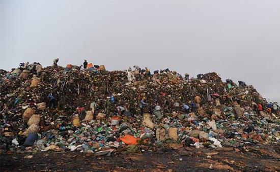 Vĩnh Long: Thiếu tiền xử lý ô nhiễm nhưng lại bỏ ra 4 tỷ đồng để giải phóng mặt bằng làm bãi rác