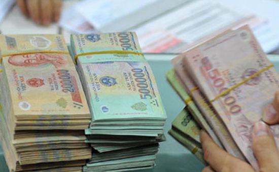 Tạm giam nguyên cán bộ ngân hàng lừa đảo hơn 50 tỷ đồng