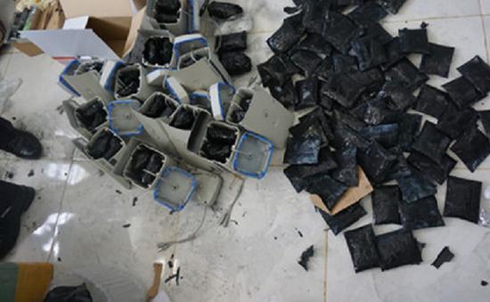 Tây Ninh: Bắt gần 16kg ma túy đá tại cửa khẩu Xa Mát