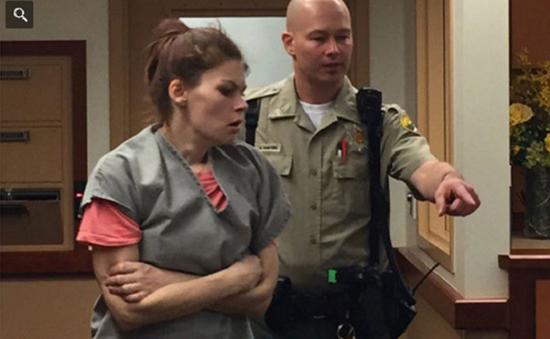 Mỹ: Cặp vợ chồng bị truy tố vì chích heroin để con ngủ