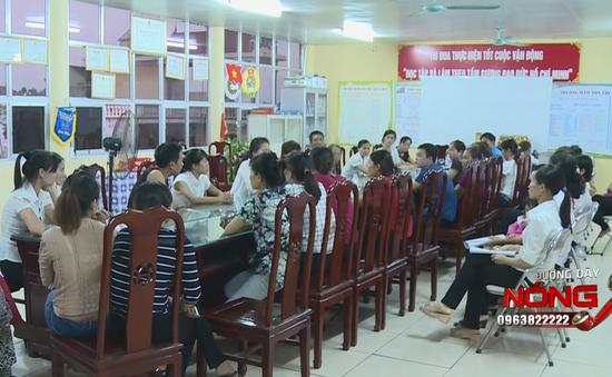 Bắc Ninh: Phụ huynh tố nhà trường cho trẻ mầm non ăn cơm sống, giò nhớt