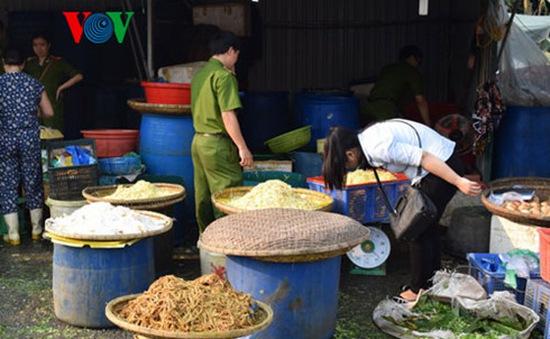 Thừa Thiên-Huế kiểm tra các cơ sở sản xuất kinh doanh măng