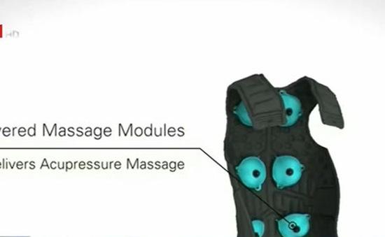 Áo khoác massage điều khiển qua ứng dụng trên smartphone
