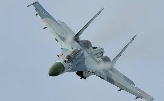 Su-27 Nga áp sát máy bay Mỹ ở Biển Đen chỉ 3m