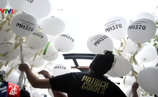 Gia đình nạn nhân MH370 vẫn nuôi hy vọng