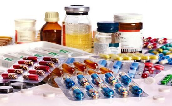 Người tiêu dùng thế giới lo ngại về việc giá thuốc tăng