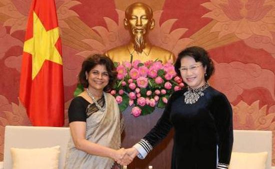 Chủ tịch Quốc hội tiếp Điều phối viên LHQ tại Việt Nam