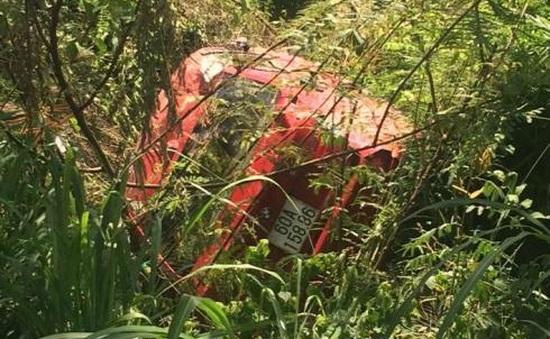 Đồng Nai: Xe BMW lao xuống hố, 2 người tử vong