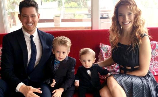 Michael Bublé tiết lộ con trai 3 tuổi đang chống chọi với ung thư