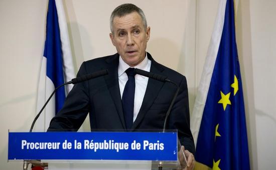 Vụ tấn công khủng bố tại Pháp: Xác định danh tính một nghi can xả súng