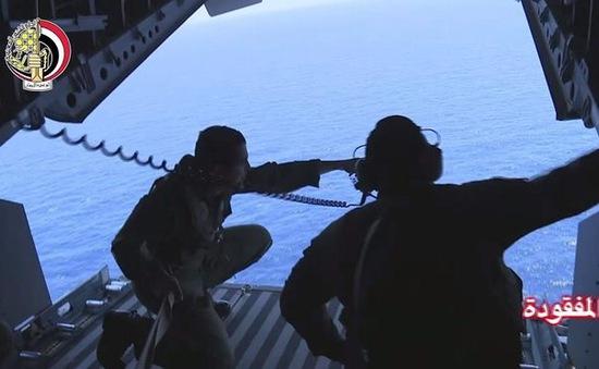 Ai Cập điều tàu ngầm tìm kiếm máy bay mất tích MS804
