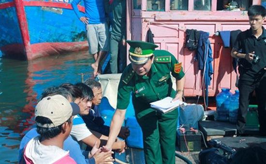 5 ngư dân bị tàu Trung Quốc đâm chìm đã về đất liền an toàn