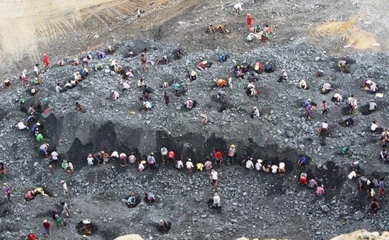 Lở đất tại khu khai thác đá quý ở Myanmar, 12 người thiệt mạng