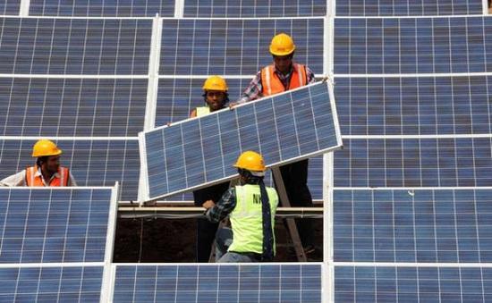 Pháp hỗ trợ Ấn Độ phát triển năng lượng sạch