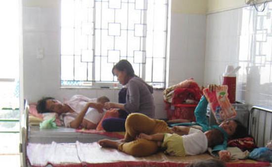 Trẻ em nhập viện tăng cao do nắng nóng