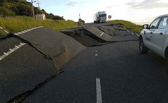 Động đất 7,8 độ richter tàn phá nhiều khu vực tại New Zealand