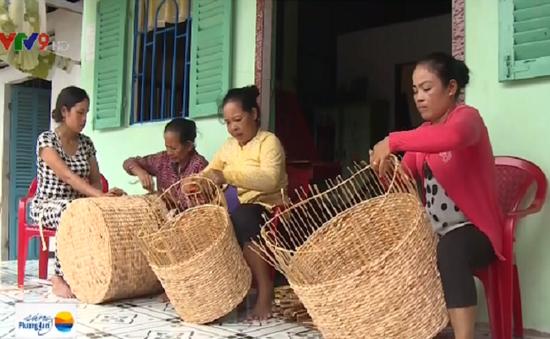 Cần Thơ: Dạy nghề tạo việc làm cho phụ nữ nông thôn
