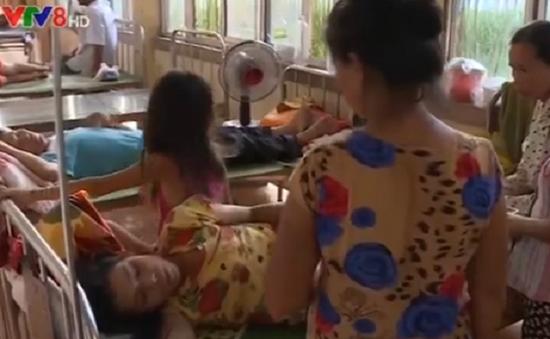 Ngộ độc tập thể tại Quảng Trị: Các bệnh nhân nhập viện sau khi ăn bánh ướt