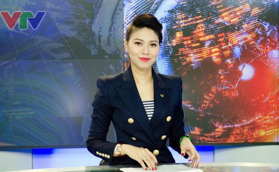 Bật mí 6 món đồ bất ly thân của MC Ngọc Trinh