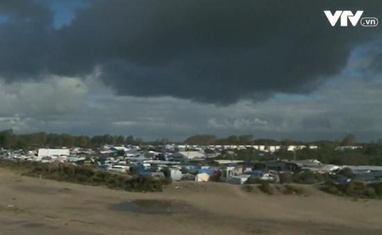 Xóa bỏ hoàn toàn khu lán trại của người di cư tại Calais
