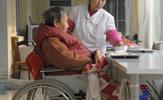 WHO cảnh báo tình trạng phân biệt đối xử người cao tuổi
