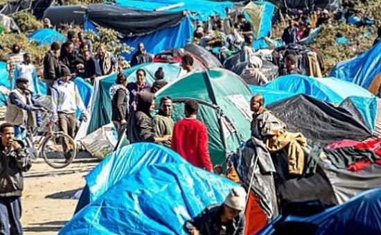 Người Pháp mất dần kiên nhẫn trước làn sóng tị nạn