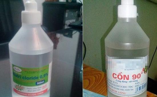 Mẹ rửa mũi nhầm bằng cồn 90 độ, bé 12 tháng tuổi bị viêm phổi