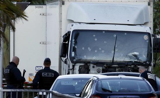 Đối tượng tấn công tại Nice bị cực đoan hóa